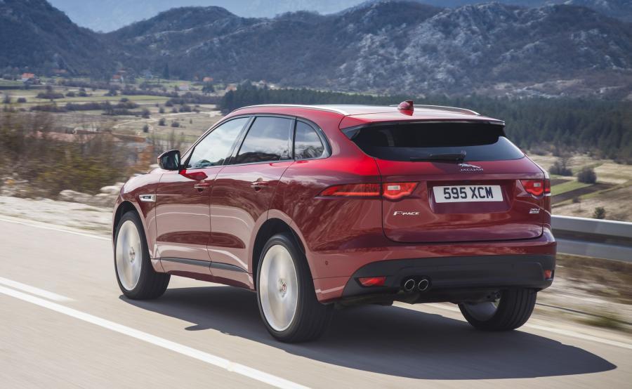 Jaguar F-Pace - najładniejszy samochód 2017