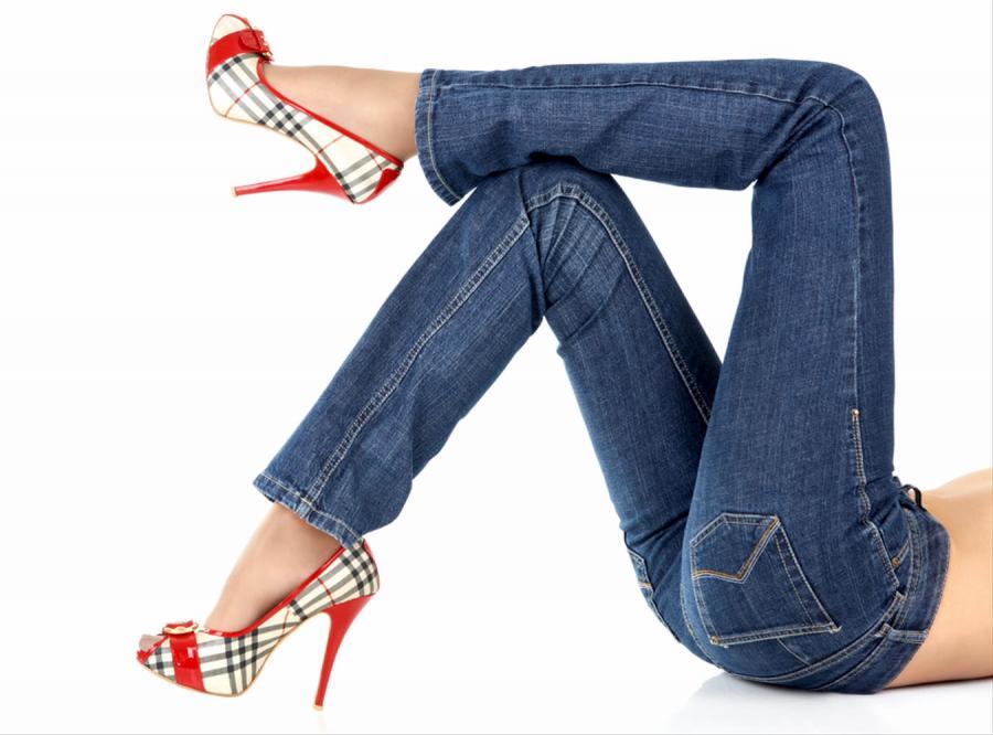 W Paryżu zakazano kobietom nosić spodni