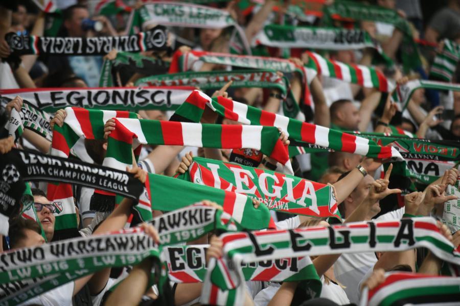 Oprawa na stadionie Legii Warszawa