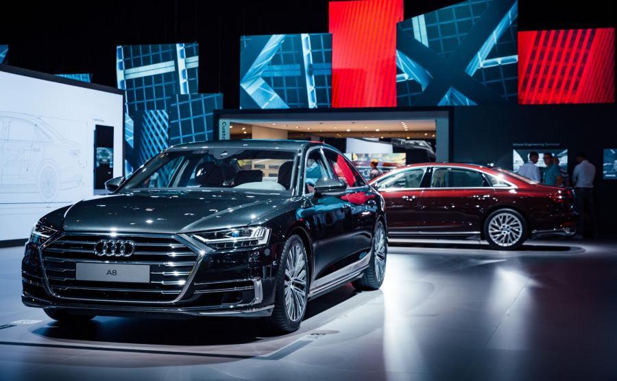 Audi A8 potrafi jeździć samo