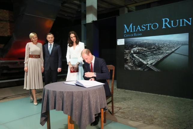 Książęca para w Muzeum powstania Warszskiego