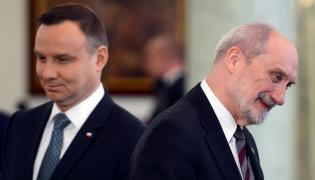 prezydent Andrzej Duda i szef MON, Antoni Macierewicz