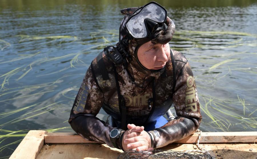 Władimir Putin w stroju do nurkowania