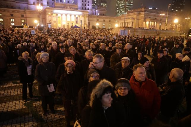 Marsz milczenia na ulicach Warszawy