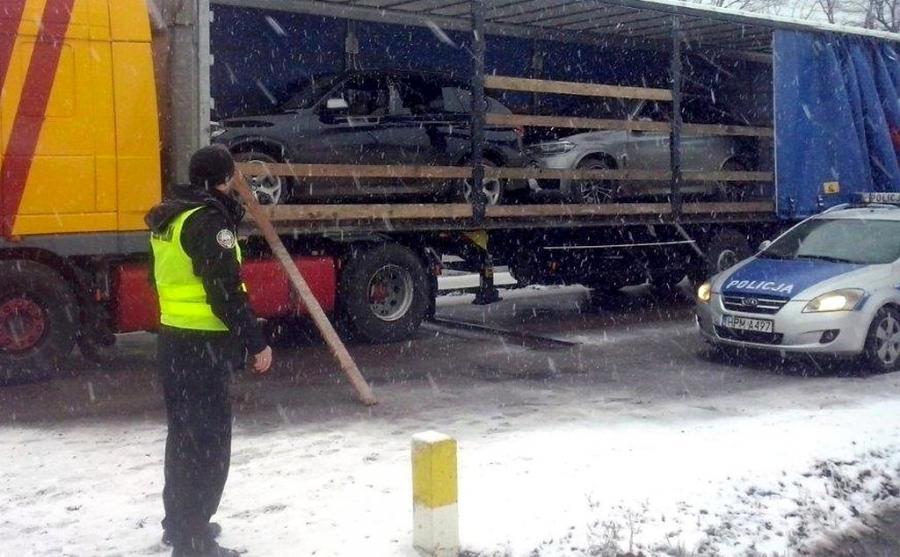 Kradzione BMW w litewskim tirze