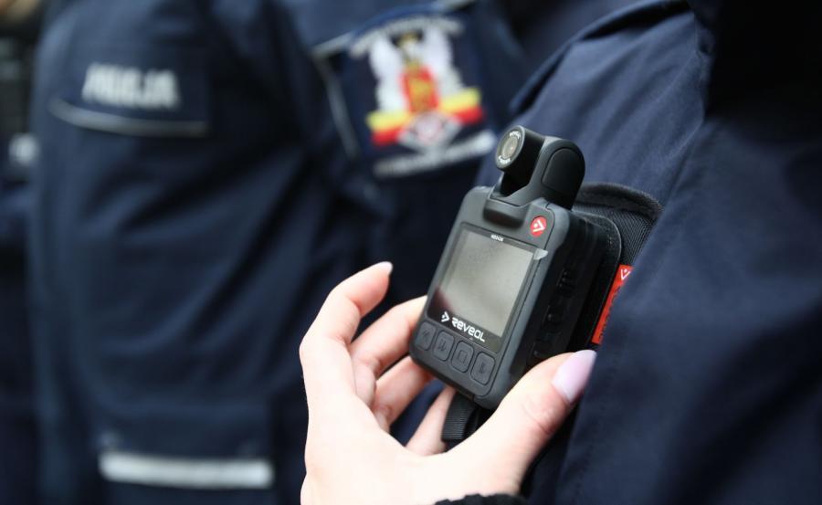 Policja dostała kamery