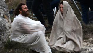 "Joaquin Phoenix oraz Rooney Mara w filmie ""Maria Magdalena"""