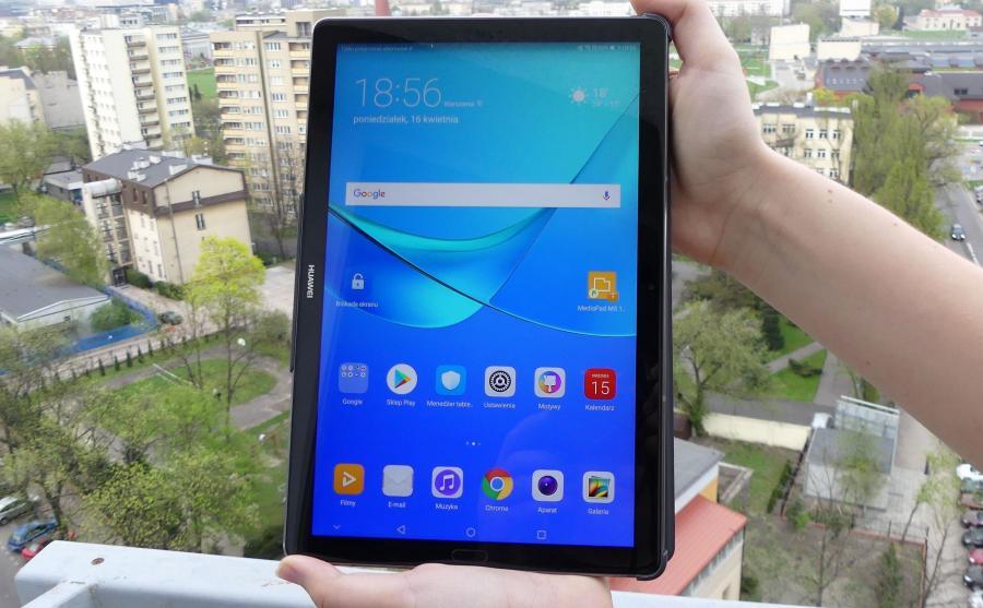 Huawei MediaPad M5 10 - trzymać pionowo...