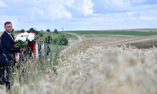 Prezydent Duda oddał hołd ofiarom rzezi wołyńskiej