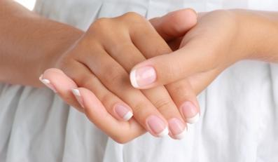 Paznokcie mogą ostrzec cię przed niekorzystnymi procesami zachodzącymi w twoim organizmie