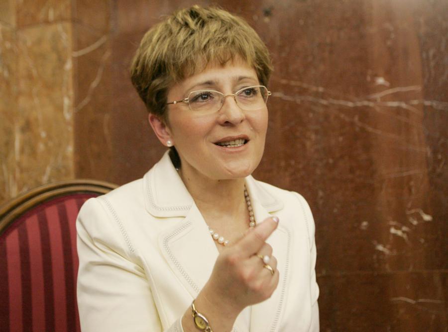 Radziszewska: Nie rozwiązuję problemów kobiet