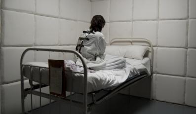 Coraz więcej Polaków w psychiatrykach
