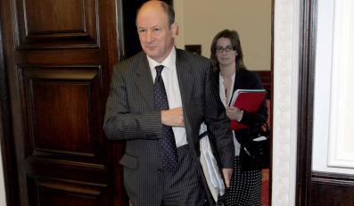 Minister finansów atakuje świete krowy