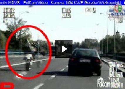 Gnał 188 km/h na jednym kole przed policją