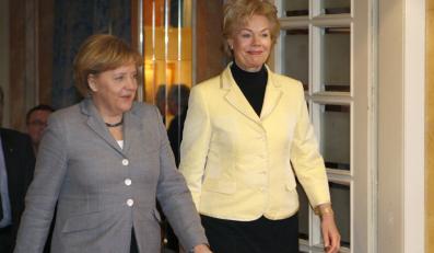 Merkel namawia Stenbach: Zostań