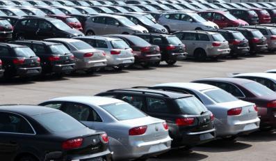 Zobacz, gdzie kupić auto, żeby nie wpakować się na minę