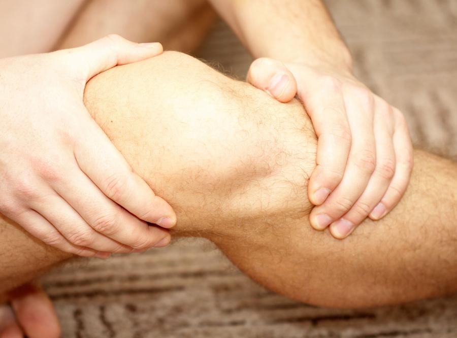 4. Urazy kolana