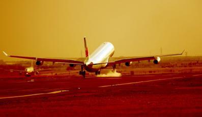 Samolot rozbił się podczas lądowania