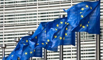Polacy podzieleni w sprawie Unii Europejskiej
