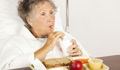 Jak żywieni są pacjenci w szpitalach?
