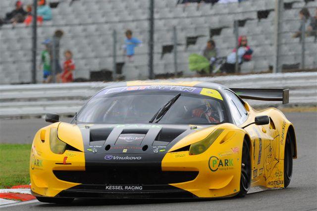 Zwycięstwo w klasie, czyli Polak za kierownicą Ferrari