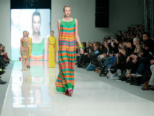 SOLAR - pokaz kolekcji wiosna/lato 2012 na Fashion Week Poland Łódź.