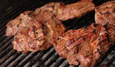 Karkówka z grilla - smakowita, ale niebezpieczna dla zdrowia