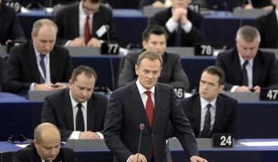 Tusk w Brukseli: Stoimy na rozdrożu