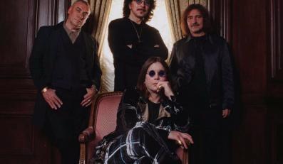 Tony Iommi (w środku) z kumplami z Black Sabbath