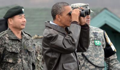 Baracka Obama przy granicy z Koreą Północną