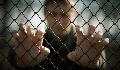 Osadzony w więzieniu