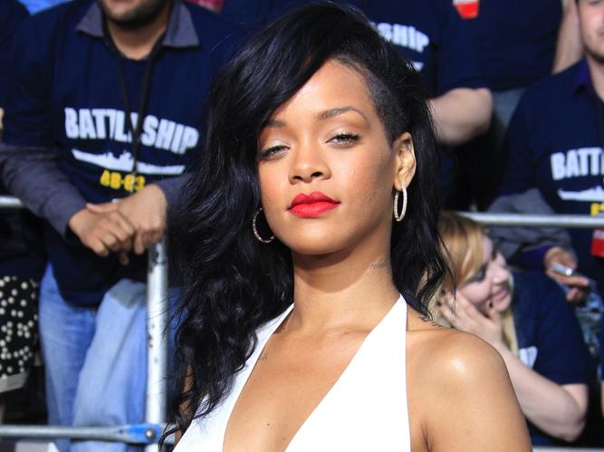Rihanna pracuje nad nową płytą