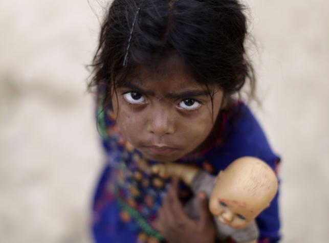 Życie w slumsach Islamabadu