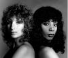 "Barbra Streisand i Donna Summer (w 1979 roku nagrały wspólnie hit ""No More Tears (Enough Is Enough)"")"