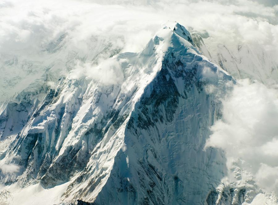 Wpadka naukowców. Himalaje nie stopnieją