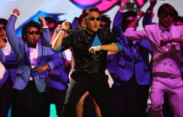 PSY podczas gali MTV EMA 2012