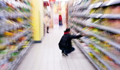 Hipermarkety niszczą polskie firmy