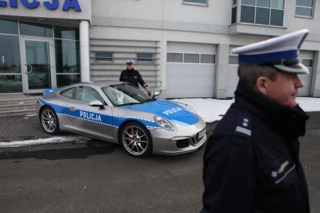 Porsche w barwach polskiej policji