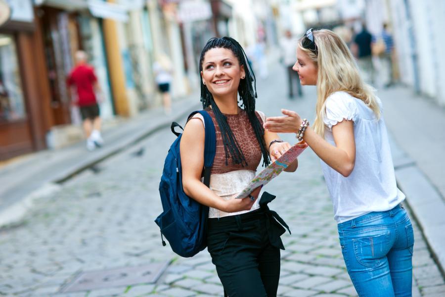 Turystki w wielkim mieście