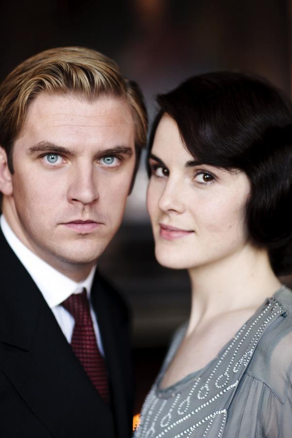 """Michelle Dockery i Dan Stevens w serialu """"Downton Abbey"""""""