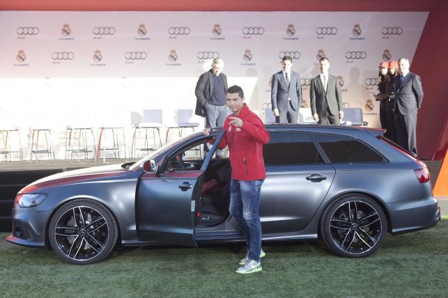 Cristiano Ronaldo i Audi RS6