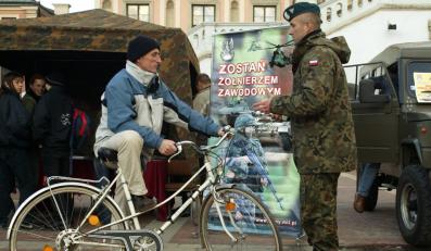 Wojsko ma problemy z naborem
