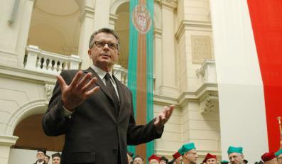 Wolszczan porzuca Polskę