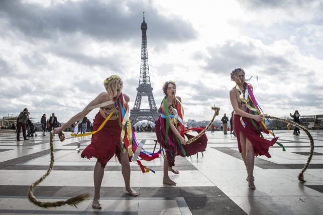 Protest Femen w Paryżu