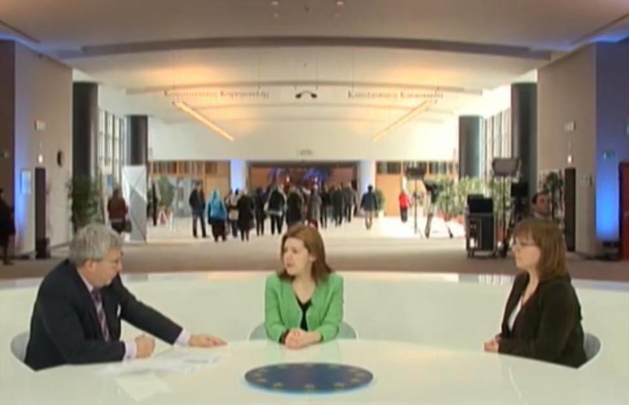 Dominika Ćosić rozmawia z Sidonią Jędrzejewską i Ryszardem Czarneckim