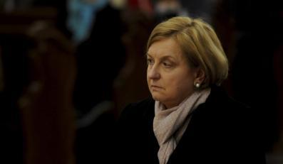 Anna Fotyga na mszy ku czci ofiar katastrofy smoleńskiej