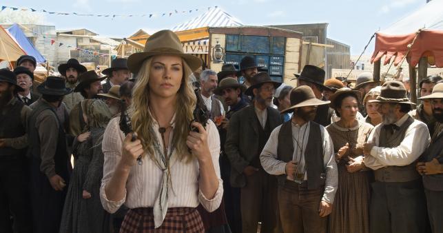 """Charlize Theron w filmie """"Milion sposobów, jak zginąć na Zachodzie"""""""