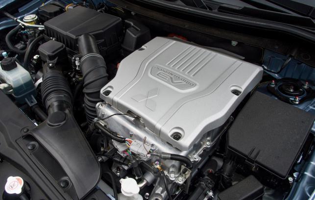 Mitsubishi outlander PHEV - spala 1,9 l/100 km?