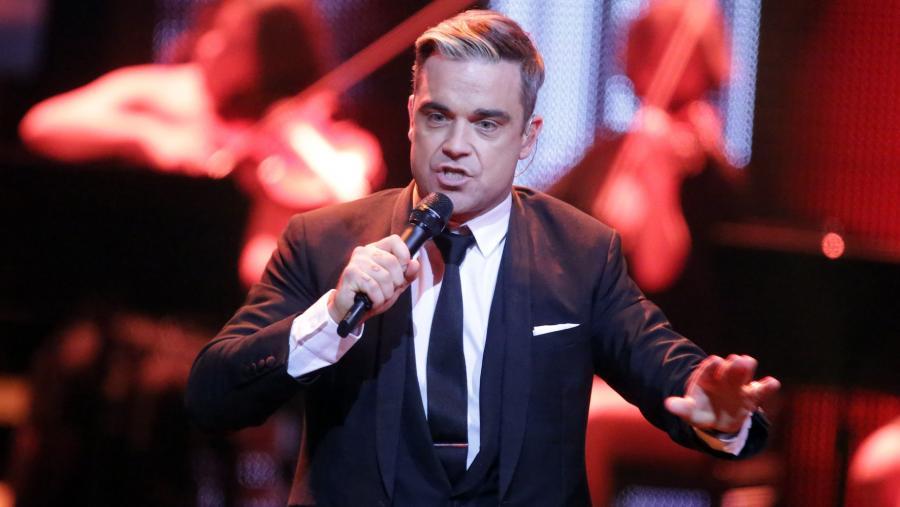 Robbie Williams spadł ze sceny i nieszczęście gotowe