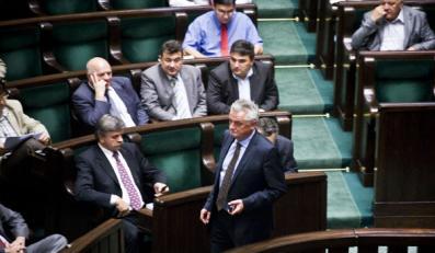 Posłowie wciąż kłócą się o budżet